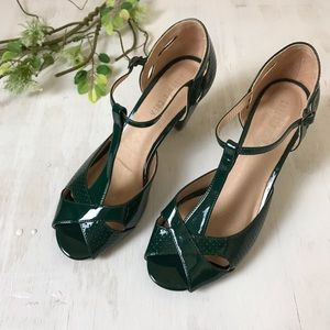 Anthro Chelsea Crew Green Patent Leather Heels 41